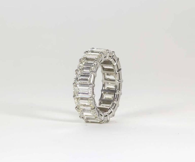 14 Carat Emerald Cut Diamond Platinum Eternity Band Ring For Sale 1