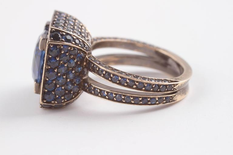 """Solange 6.00 ct Blue Sapphire Gold """"Cup"""" Ring 7"""