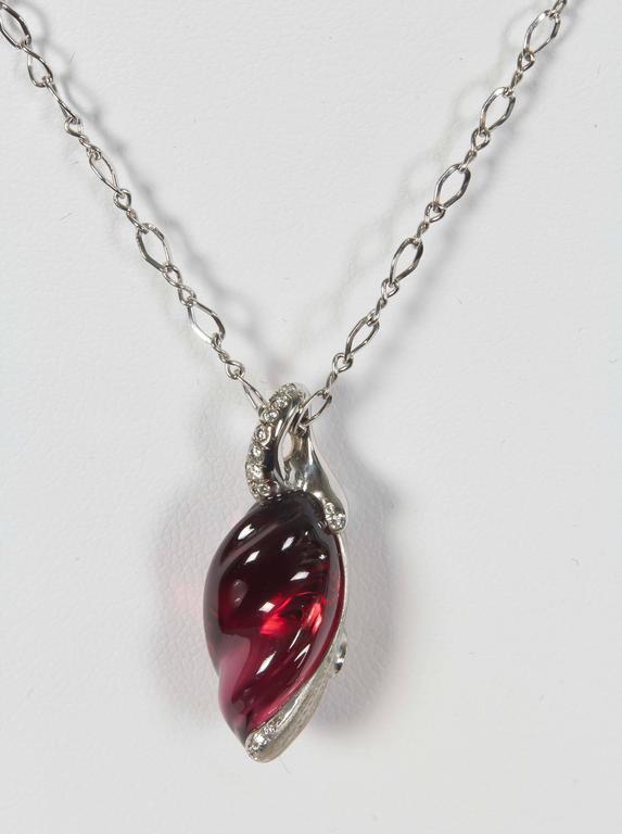 Naomi Sarna Rhodolite Garnet Diamond Gold Pendant For Sale 2