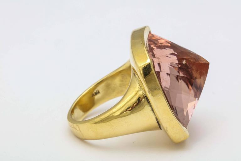 Rebecca Koven Morganite Gold Pyramid Ring In New Condition For Sale In Fifth Avenue, NY