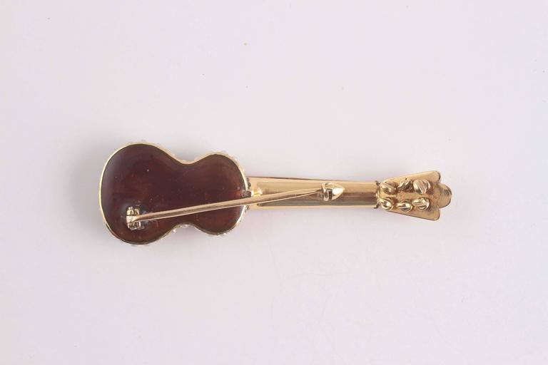 Early 20th Century Enamel Seed Pearl Gold Guitar Pin 4