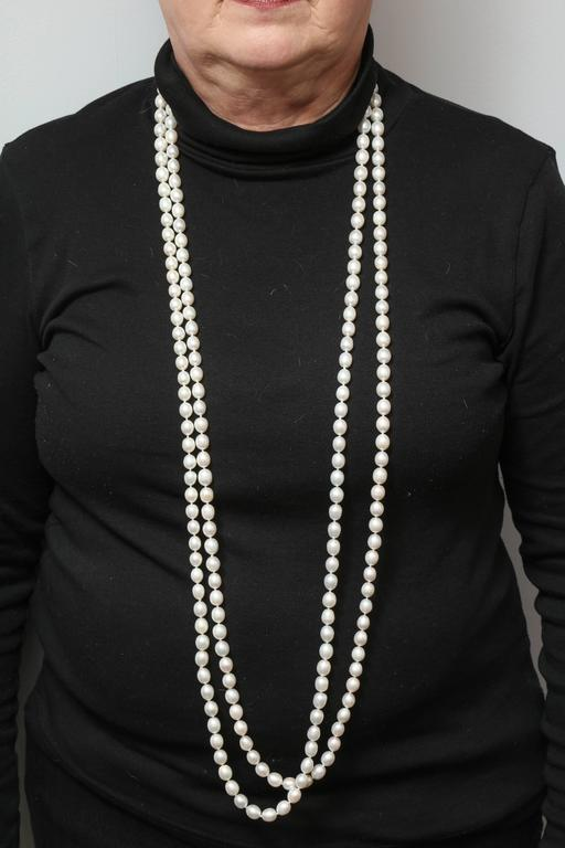 100 Inch Continuous Pearl Necklace 4