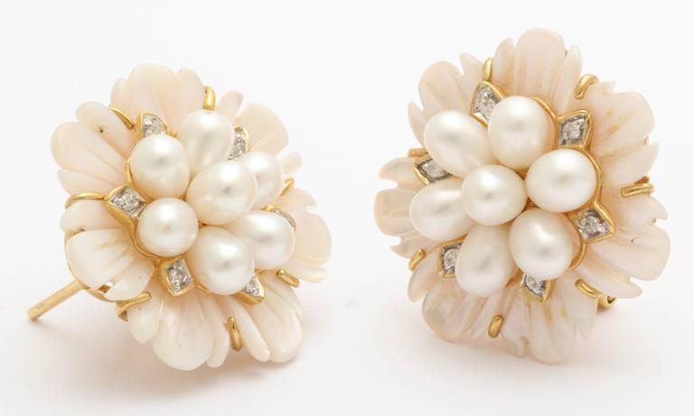 Women's Pink Mother of Pearl Diamond Pearl Earrings For Sale