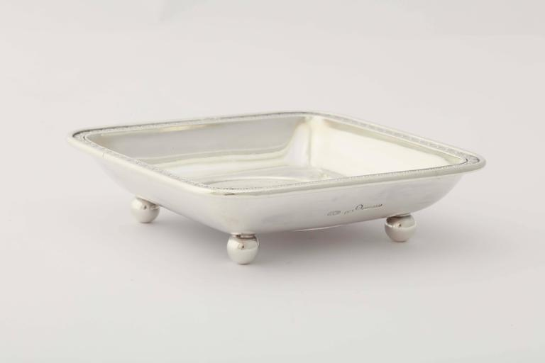 Neoclassical Fabergé Silver Ashtray or Sweetmeat Dish, circa 1900 For Sale