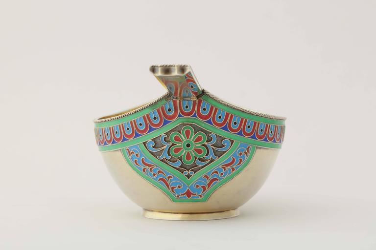 Rare Russian Enamelled Kovsh by Grachev, circa 1900 6