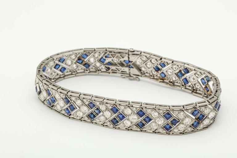 1920s Art Deco French Cut Sapphire Diamond Platinum Flexible Bracelet 7