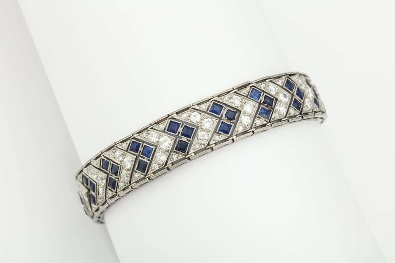 1920s Art Deco French Cut Sapphire Diamond Platinum Flexible Bracelet 8