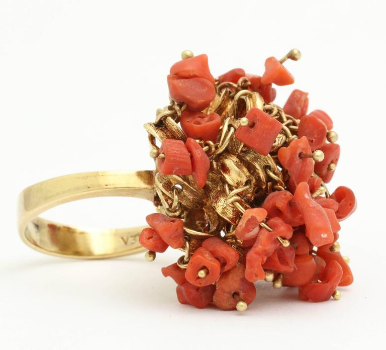 1960s Moveable Coral Gold Sea Urchin Ring 5
