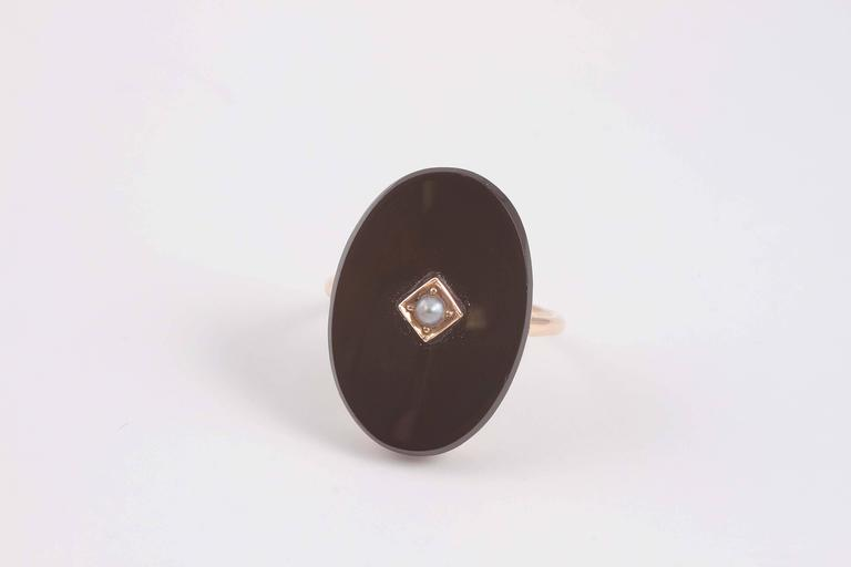 1940s Black Onyx Pearl Gold Ring For Sale at 1stdibs