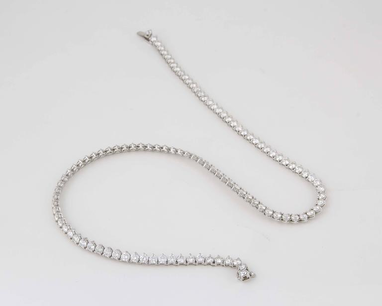 Fine Three Prong Diamond Tennis Necklace For Sale 1