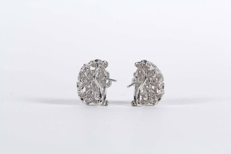 Diamond Scene 2.98 Carat Diamonds Gold Button Earrings For Sale 3