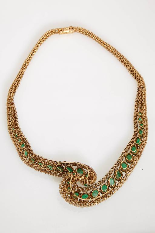 Women's Cabochon Emerald and Diamond Necklace For Sale