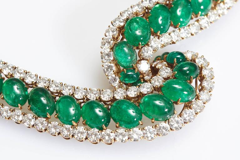 Cabochon Emerald and Diamond Necklace For Sale 1