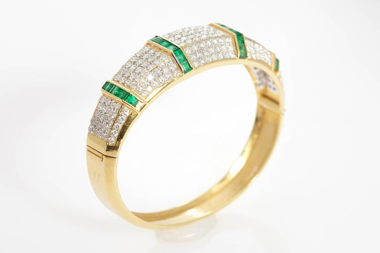 Emerald Diamond Bracelet  For Sale 1