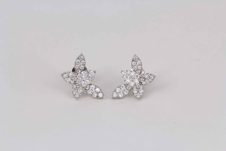 Classic Diamond Gold Cluster Earrings For Sale 3