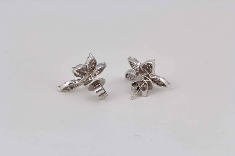 Classic Diamond Gold Cluster Earrings For Sale 4