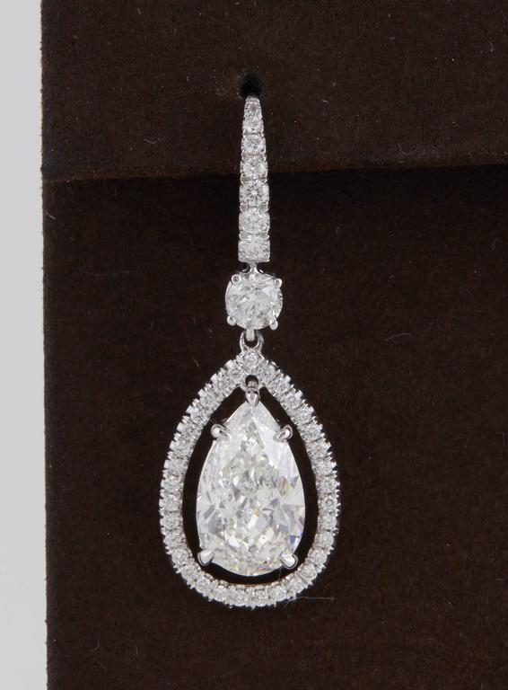 GIA Certified Pear Shaped Diamond Drop Earrings  In New Condition For Sale In New York, NY