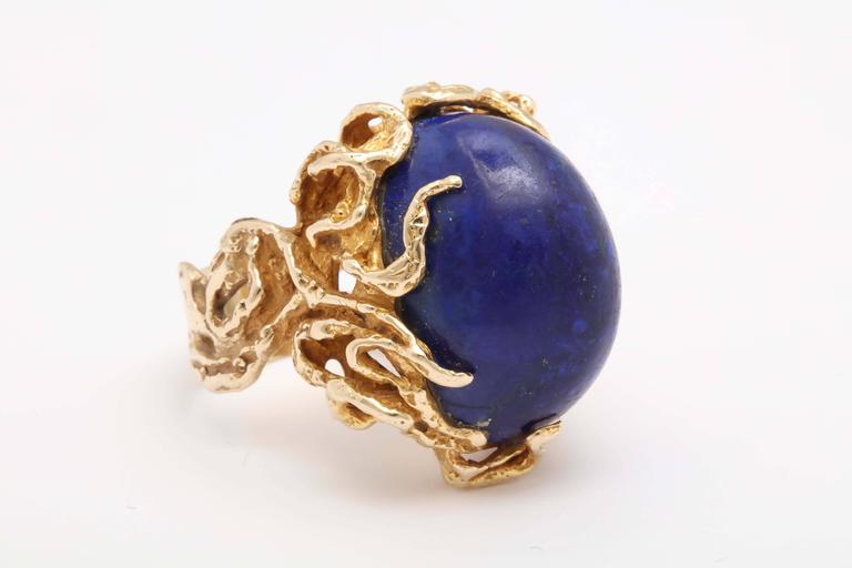 Oversize Oval Lapis Yellow Gold Ring in Naturalistic Branch Setting For Sale 2