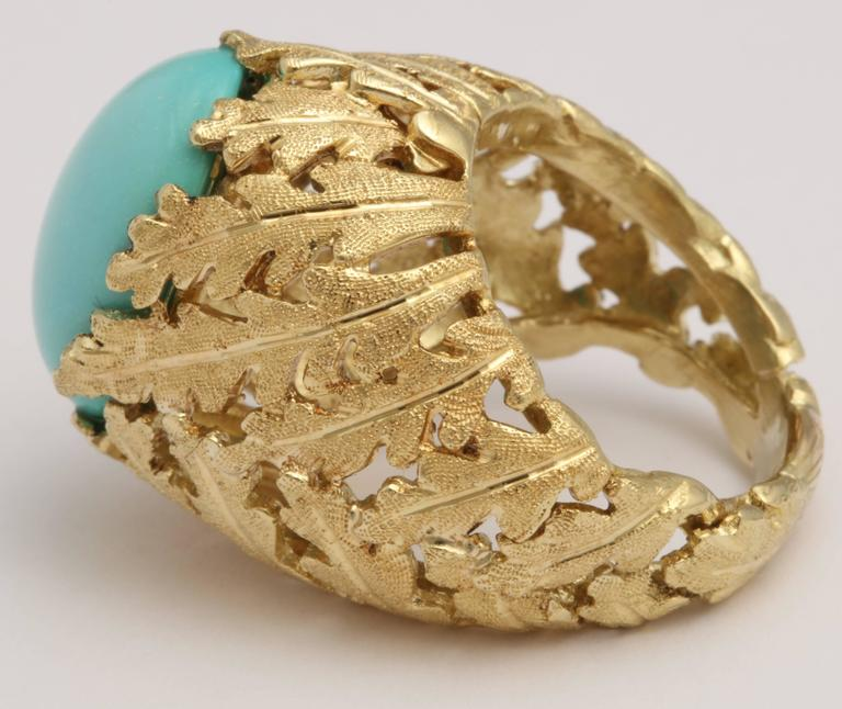Turquoise and Gold Foliate Ring In Excellent Condition For Sale In New York, NY