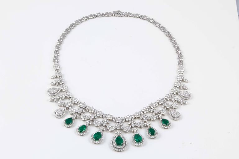 Women's Emerald and Diamond Drop Necklace For Sale