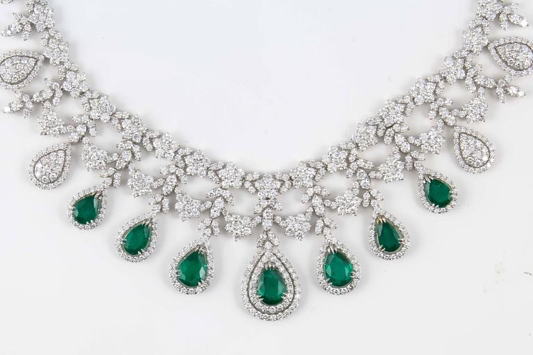 Emerald and Diamond Drop Necklace For Sale 1