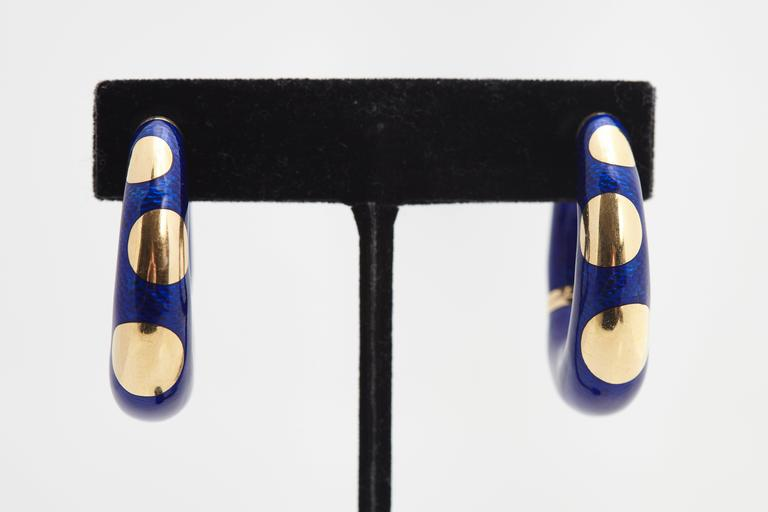 Bulgari Blue Enamel and Gold Hoop Earrings In Excellent Condition In New York, NY