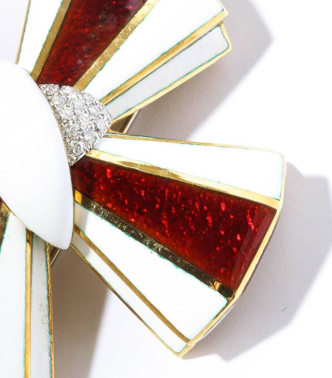 David Webb Maltese Cross Enamel Gold diamond Pin 5