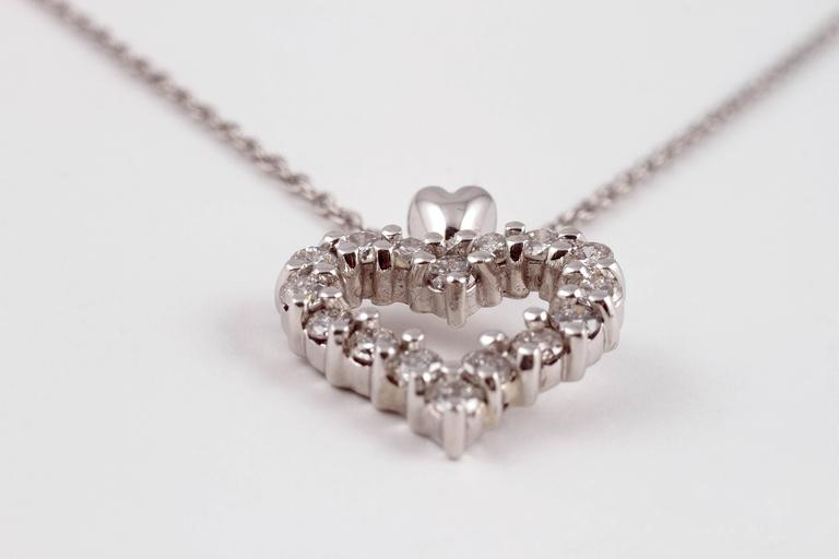 Diamond Heart Pendant Platinum For Sale 3