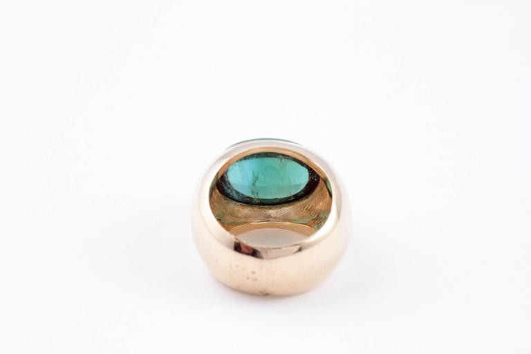 Women's or Men's Green Tourmaline Yellow Gold Ring For Sale