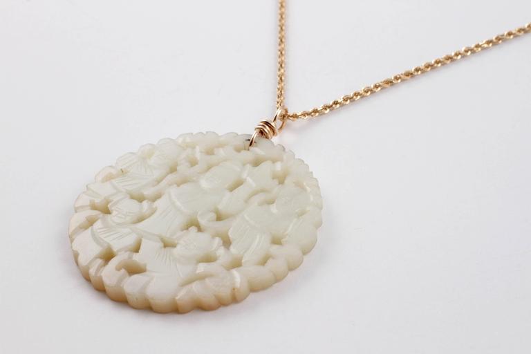 Carved Nephrite Jade Necklace in 14 Karat Gold 4
