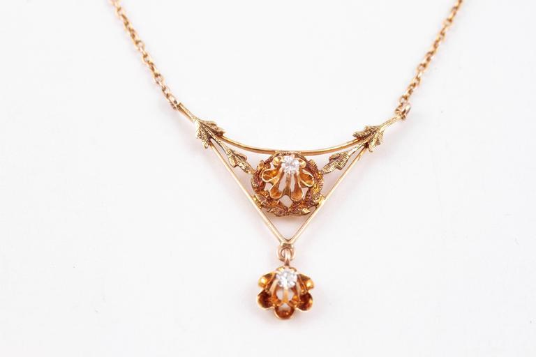 Diamond Lavalier Yellow Gold Necklace, circa 1930 In Excellent Condition For Sale In Dallas, TX