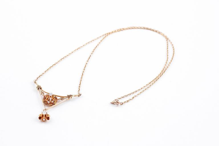 Diamond Lavalier Yellow Gold Necklace, circa 1930 For Sale 4