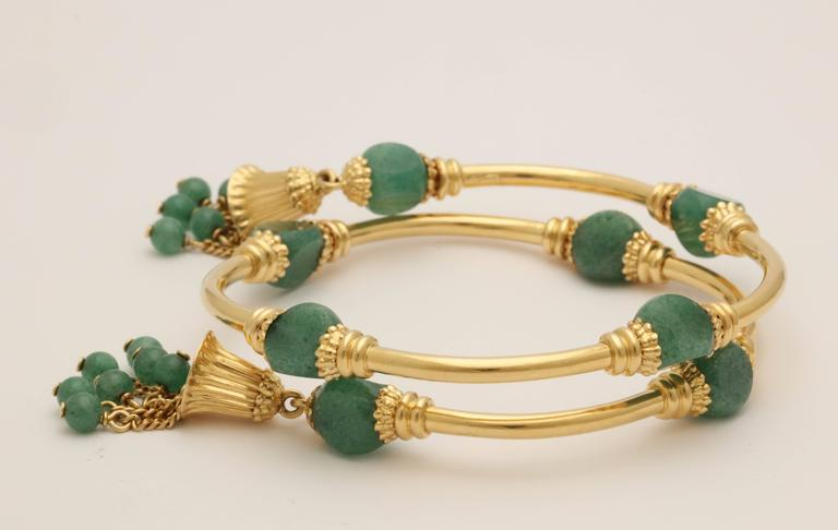 1970s Green Aventurine Gold Tassel Wrap Around Bracelet 3