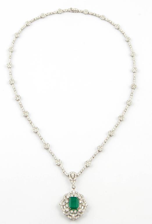Green Emerald Diamond White Gold Pendant Necklace For Sale 1