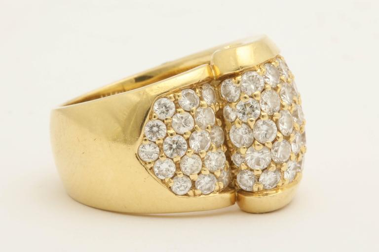 1980s Chic Architectural Diamond Gold Cocktail Ring 3