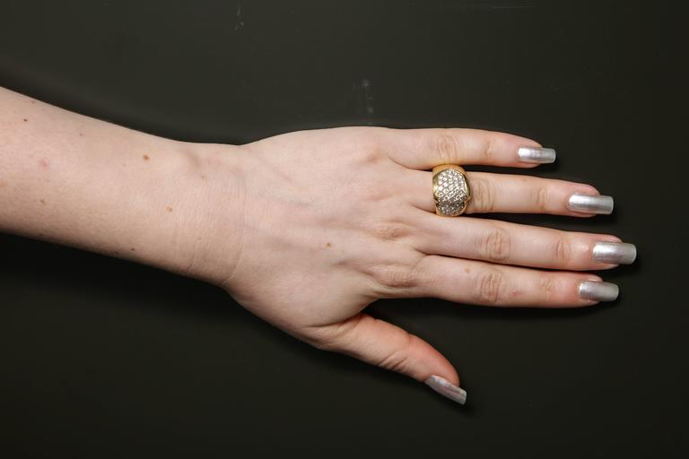 1980s Chic Architectural Diamond Gold Cocktail Ring For Sale 6