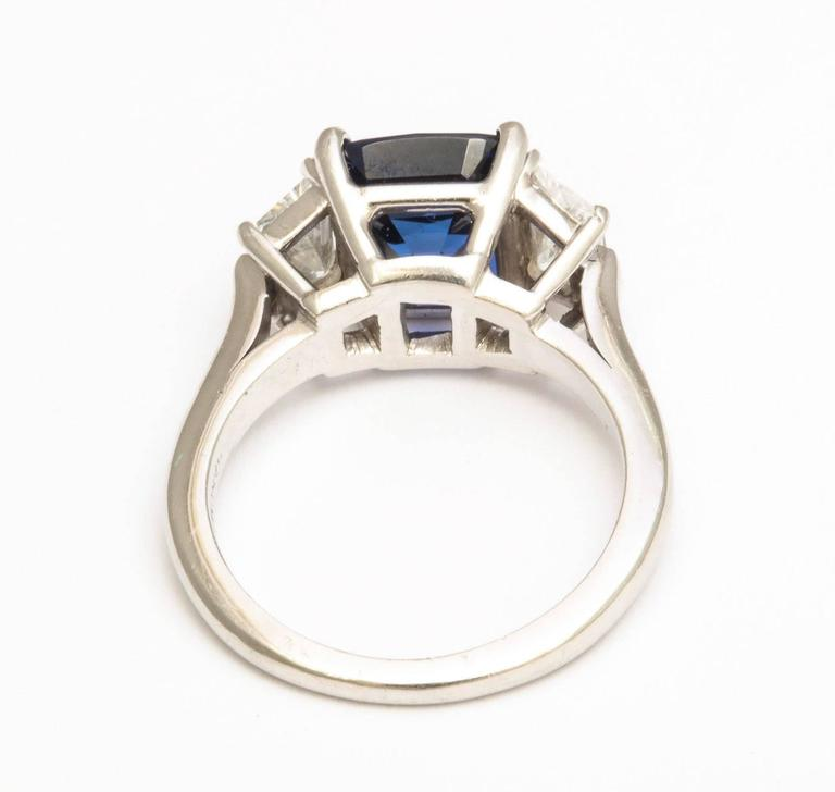 Natural Sapphire and Diamond Ring In Excellent Condition For Sale In New York, NY