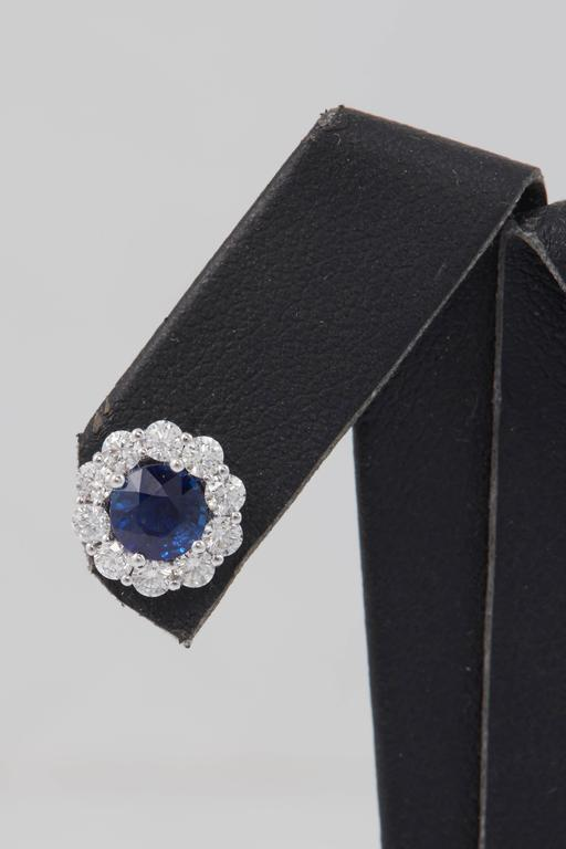 Sapphire and Diamond Studs Earrings 1.00 Carat In New Condition For Sale In New York, NY