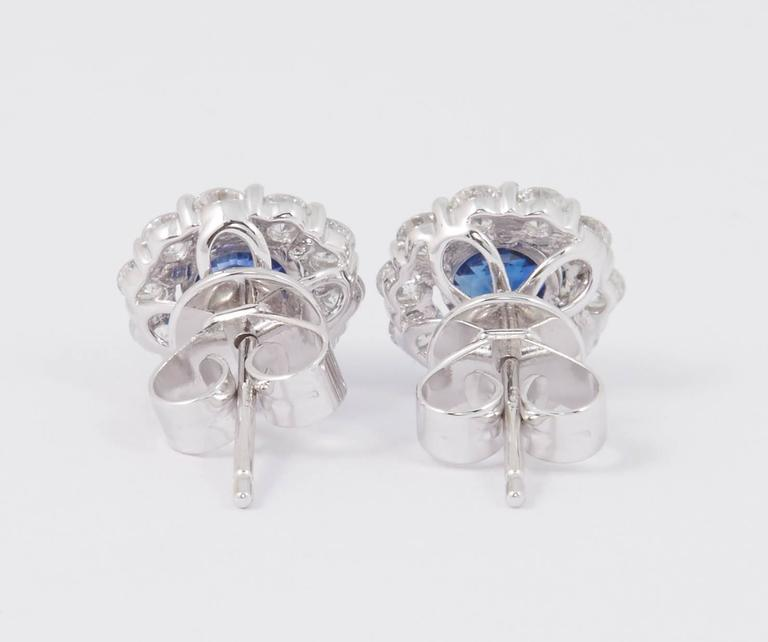 Sapphire and Diamond Studs Earrings 1.00 Carat For Sale 3