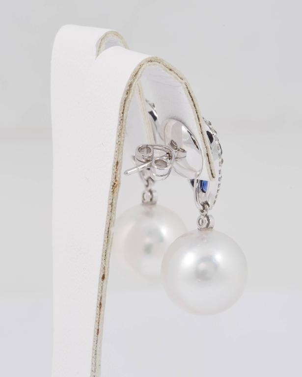 South Sea Pearl and Sapphire Cluster Dangle Earrings In New Condition For Sale In New York, NY