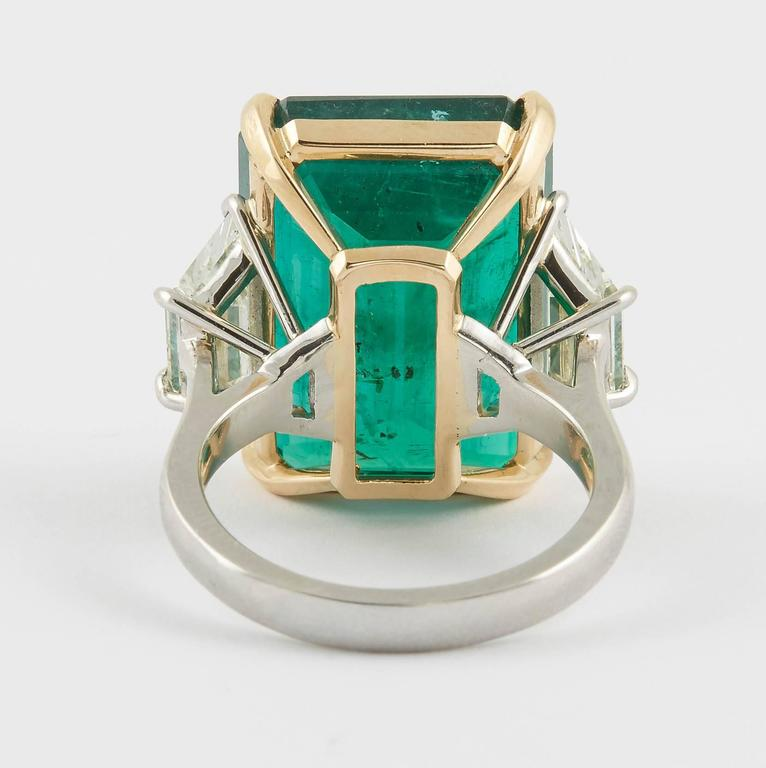 GIA Certified 18.83 Green Emerald and Diamond Ring For Sale 1