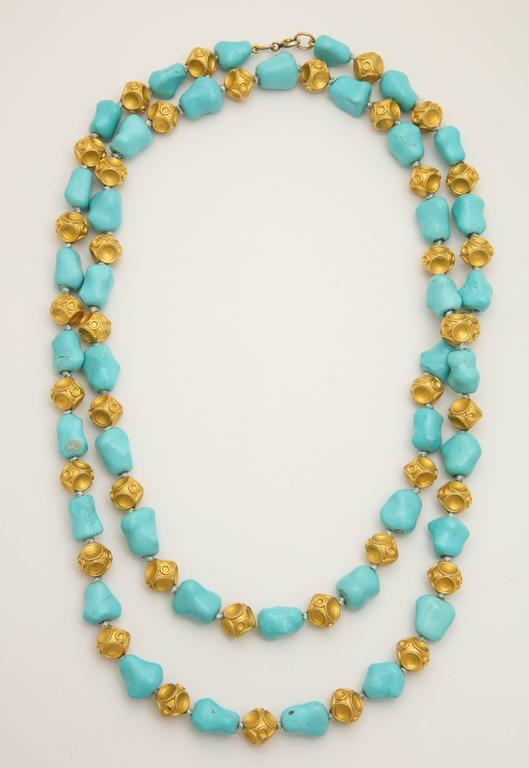 1960s Nugget Shape Turquoises with Alternating Crater Design Gold Ball Chain In Excellent Condition For Sale In New York, NY