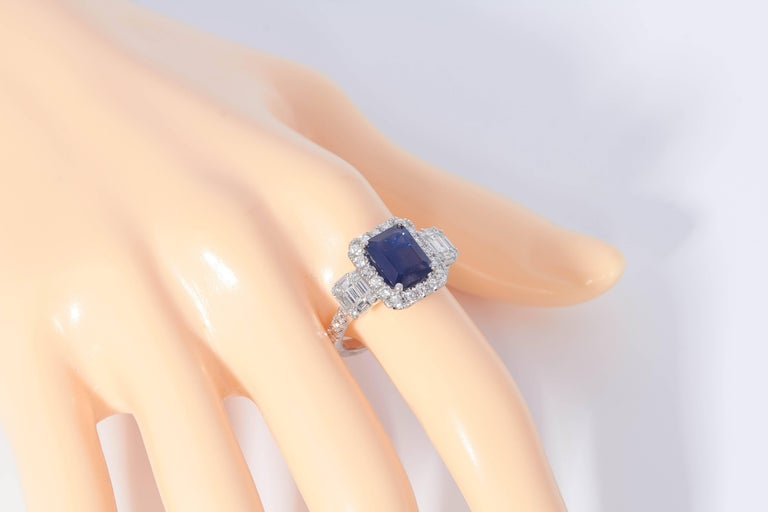 HARBOR D. Diamond Sapphire Cocktail Engagement Ring 3.31 Carats In New Condition For Sale In New York, NY