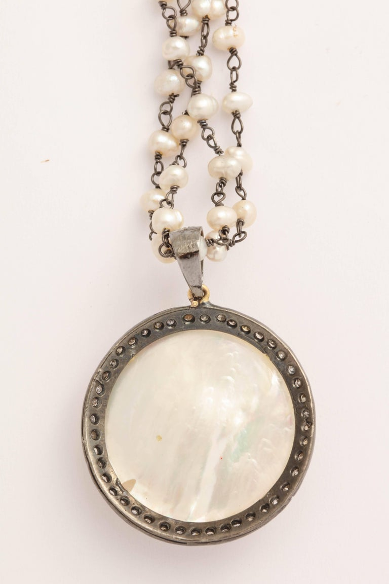 Mother-of-Pearl Silver Diamond Pearl Chain Necklace For Sale 1