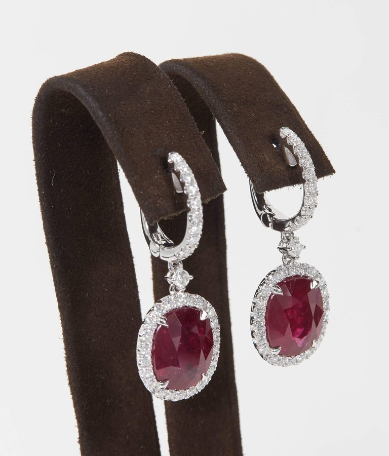 GIA Certified Ruby and Diamond Drop Earrings In New Condition For Sale In New York, NY