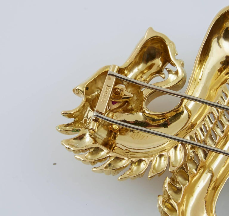 Women's or Men's David Webb White Enamel Gold Dragon Brooch For Sale