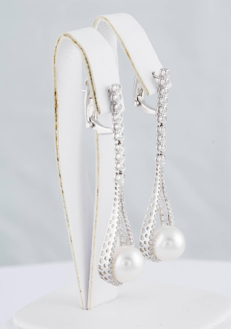 18K White Gold South Sea Pearl 9-10mm 110 Diamonds 0.92 Cts. 2