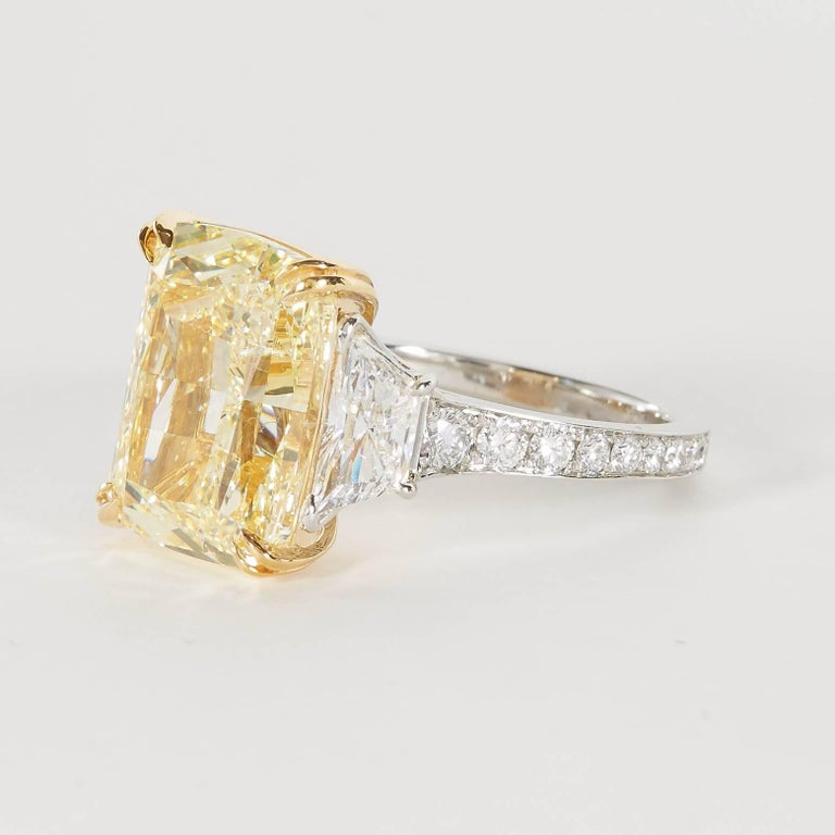 10 carat Fancy Yellow GIA Diamond Ring For Sale 3