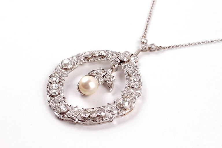 Edwardian 3.20 Carat Diamond Pearl Necklace In Good Condition For Sale In Dallas, TX