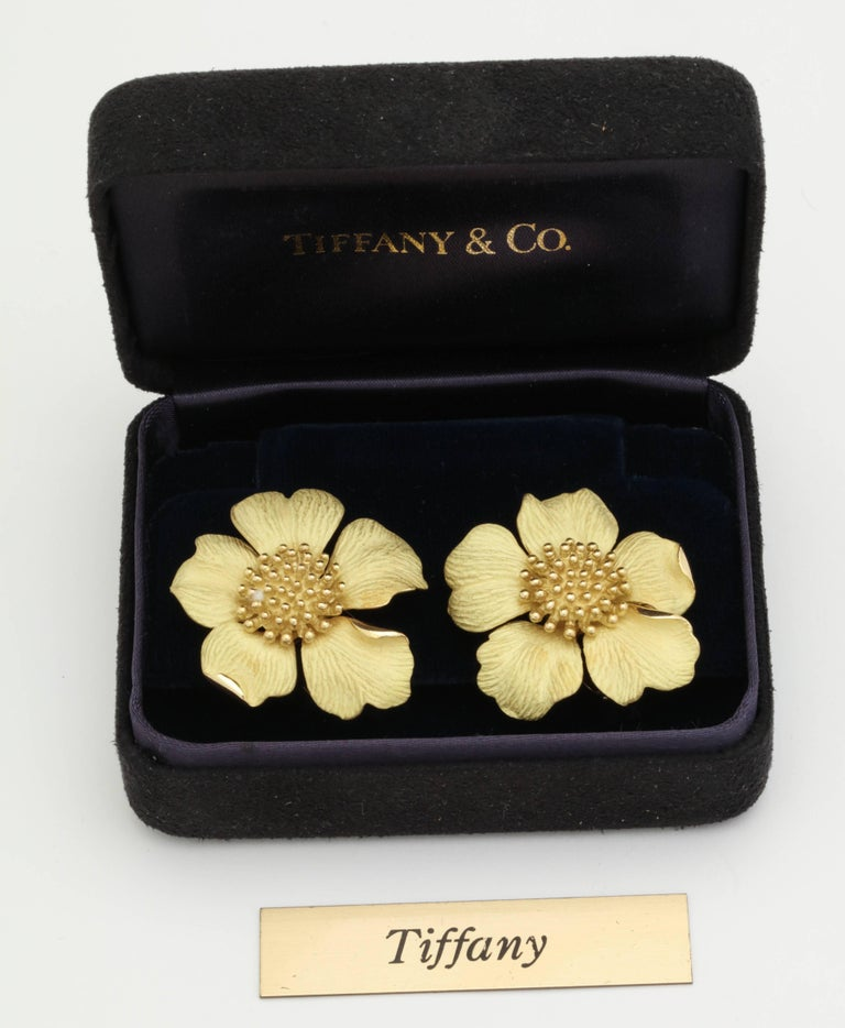 1980s Tiffany & Co. Large Figural Cherry Blossom Flower Matte Gold Earrings In Excellent Condition For Sale In New York, NY
